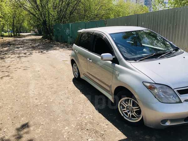 Toyota ist, 2003 год, 325 000 руб.