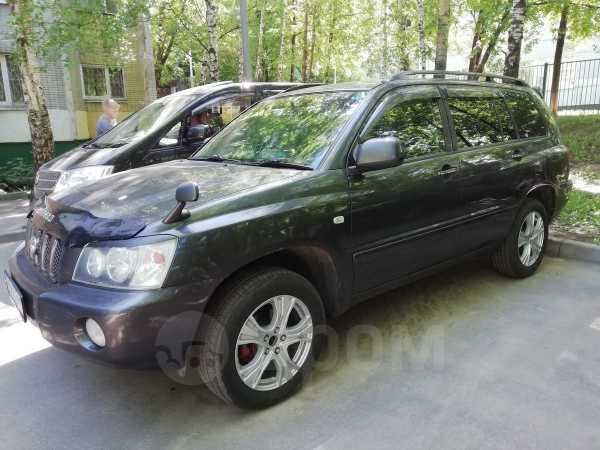 Toyota Kluger V, 2002 год, 450 000 руб.