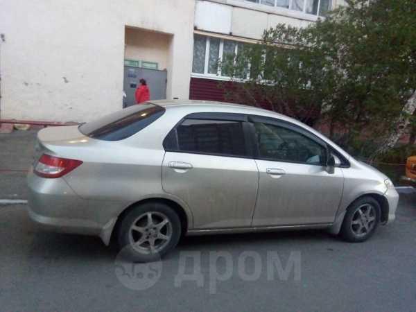 Honda Fit Aria, 2003 год, 230 000 руб.
