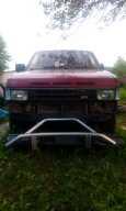 Nissan Terrano, 1990 год, 100 000 руб.