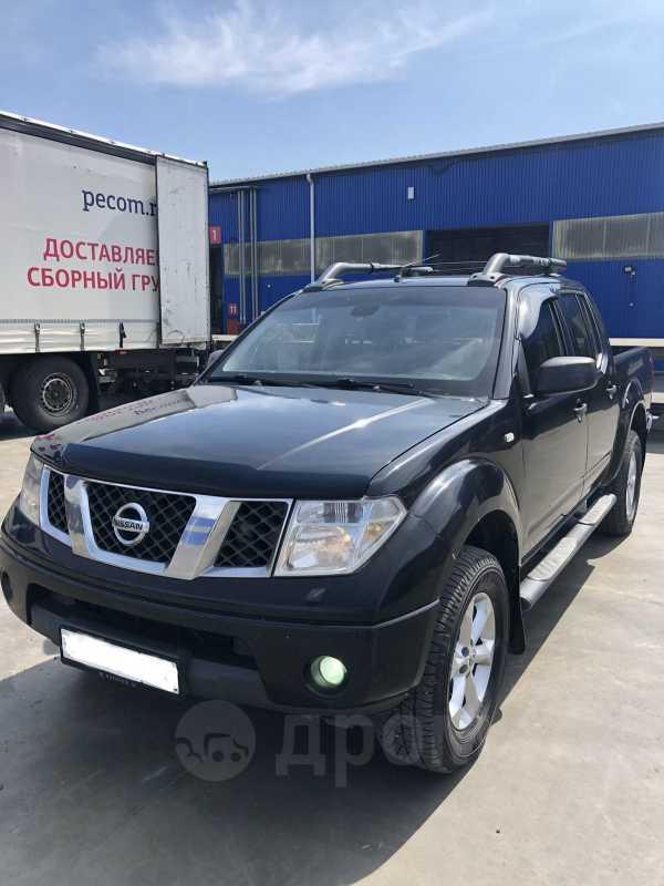 Nissan Navara, 2005 год, 585 000 руб.