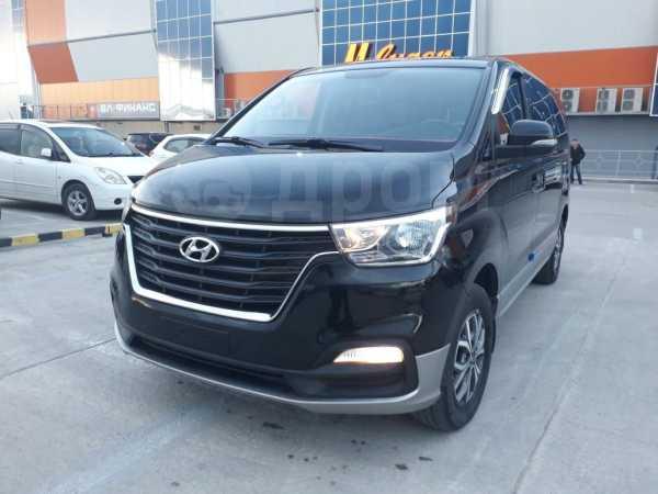 Hyundai Grand Starex, 2018 год, 2 330 000 руб.