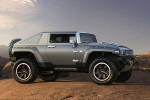 СМИ: GM подумывает над возрождением бренда Hummer