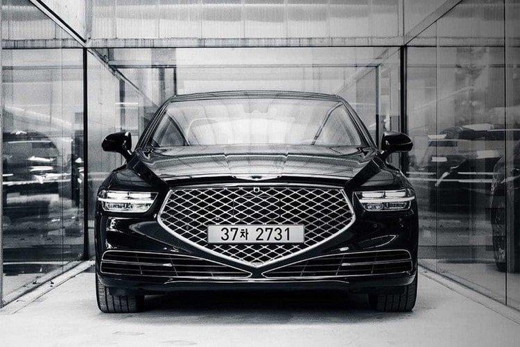 Обновленный Genesis G90 в России: от 4,7 млн рублей