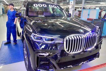 Внедорожный флагман BMW получил российскую прописку