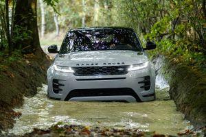 Range Rover Evoque после смены поколения существенно подорожал в России