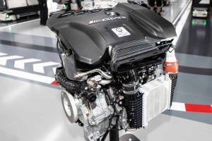 Mercedes-Benz начал производство самого мощного в мире 2,0-литрового мотора