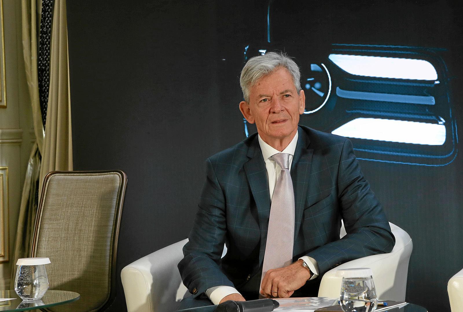 СМИ: руководство Aurus уволили из-за срыва сроков по производству автомобилей