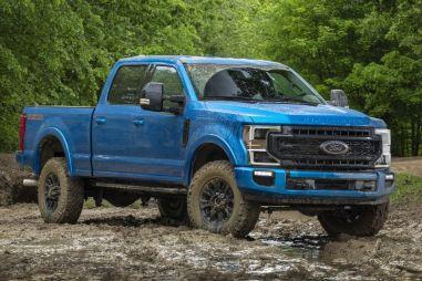 Большие пикапы Ford F-Series Super Duty получили внедорожный пакет Tremor