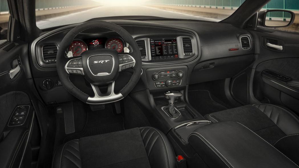 Dodge Challenger Demon поделился обвесом с седаном Charger