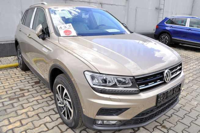 Volkswagen Tiguan, 2018 год, 2 318 700 руб.