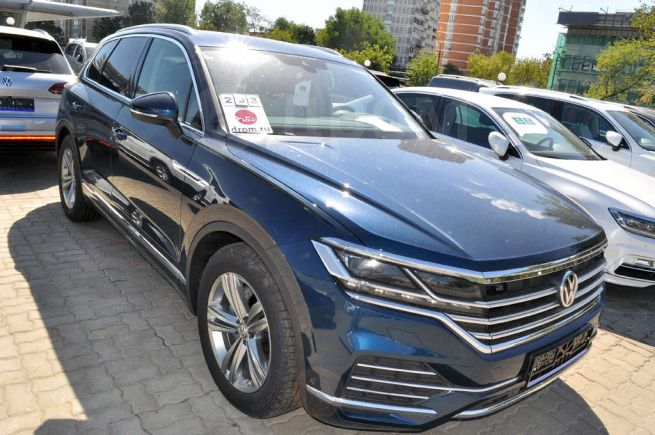 Volkswagen Touareg, 2018 год, 4 821 000 руб.