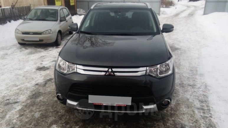 Mitsubishi Outlander, 2014 год, 1 050 000 руб.