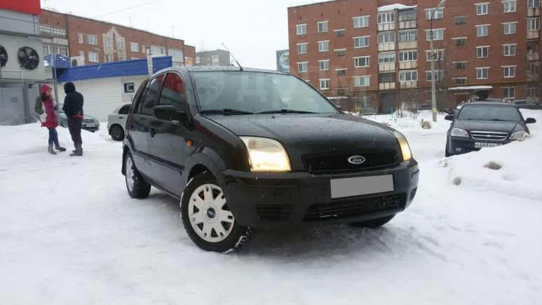 Ford Fusion, 2002 год, 170 000 руб.