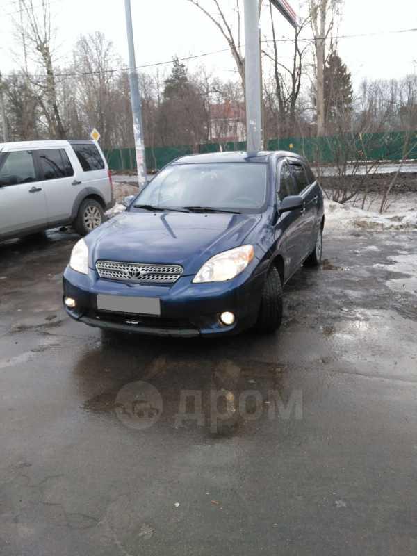 Toyota Matrix, 2004 год, 365 000 руб.