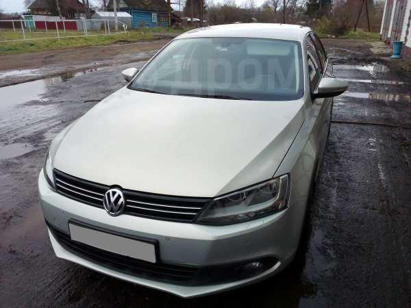 Volkswagen Jetta, 2011 год, 580 000 руб.