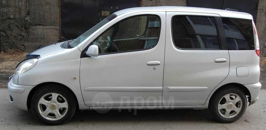 Toyota Funcargo, 2004 год, 300 000 руб.