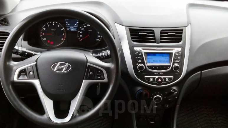 Hyundai Solaris, 2013 год, 467 000 руб.