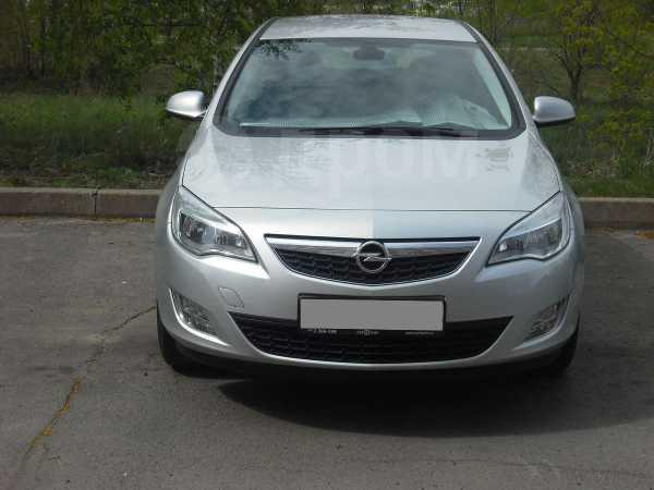 Opel Astra, 2011 год, 545 000 руб.