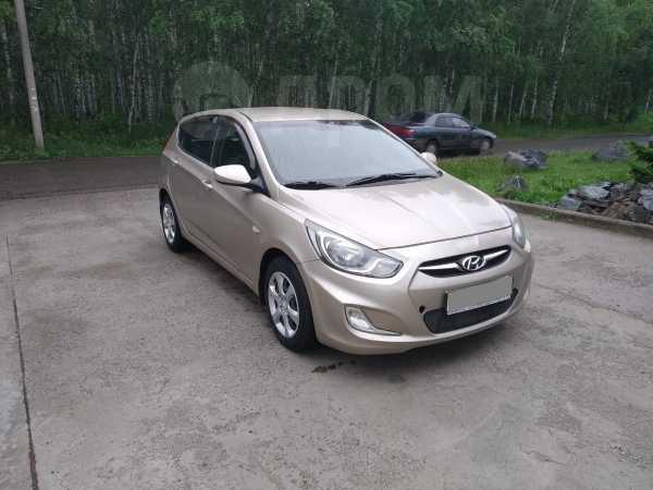 Hyundai Solaris, 2011 год, 367 000 руб.