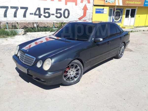 Mercedes-Benz E-Class, 2001 год, 295 000 руб.