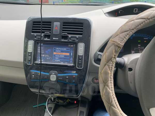 Nissan Leaf, 2011 год, 340 000 руб.