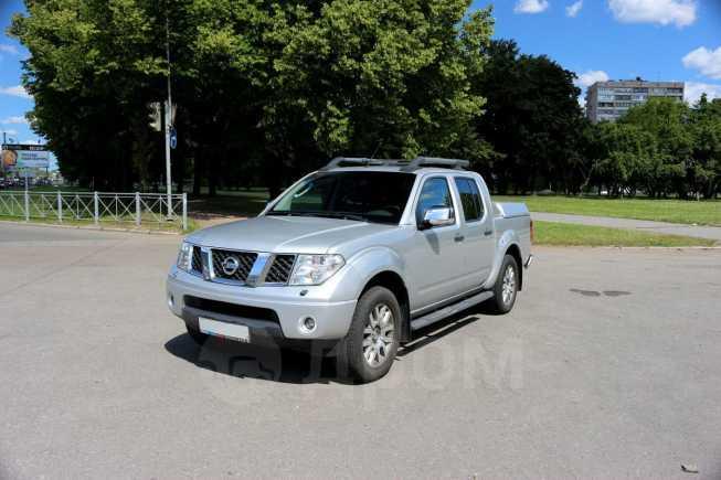 Nissan Navara, 2013 год, 925 000 руб.
