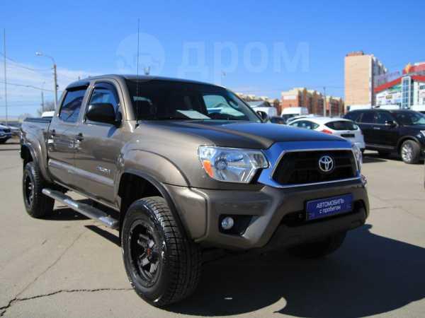 Toyota Tacoma, 2014 год, 2 095 000 руб.