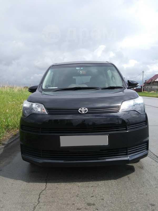 Toyota Spade, 2013 год, 590 000 руб.