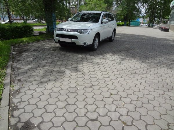 Mitsubishi Outlander, 2014 год, 1 150 000 руб.