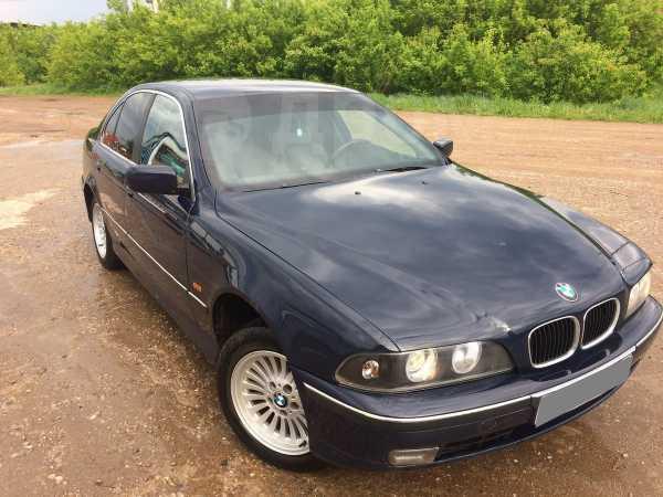 BMW 5-Series, 2000 год, 245 000 руб.