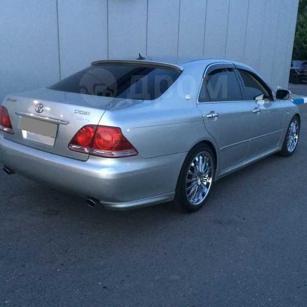 Toyota Crown, 2006 год, 700 000 руб.