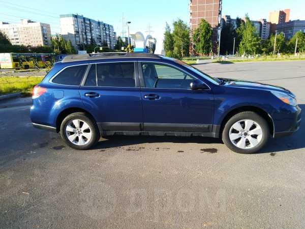 Subaru Outback, 2010 год, 785 000 руб.