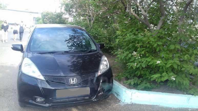 Honda Fit, 2011 год, 405 000 руб.