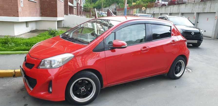 Toyota Vitz, 2012 год, 410 000 руб.