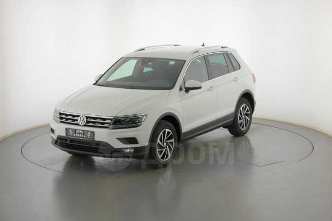 Volkswagen Tiguan, 2019 год, 2 109 000 руб.