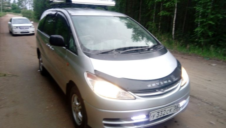 Toyota Estima, 2001 год, 455 555 руб.