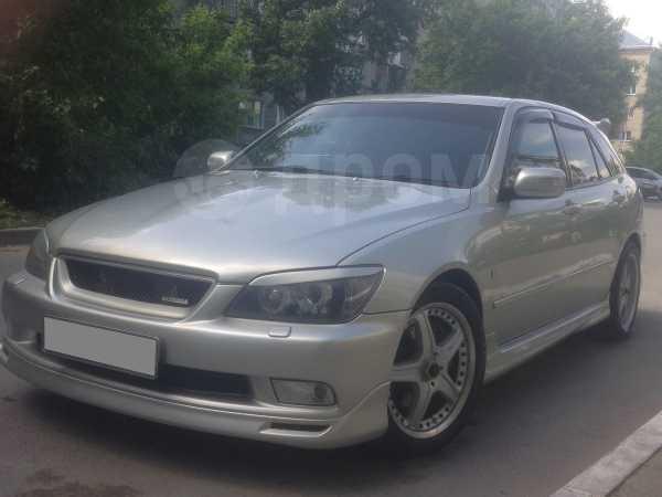 Toyota Altezza, 2002 год, 535 000 руб.