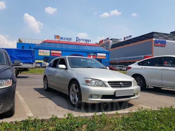 Toyota Altezza, 2002 год, 477 000 руб.