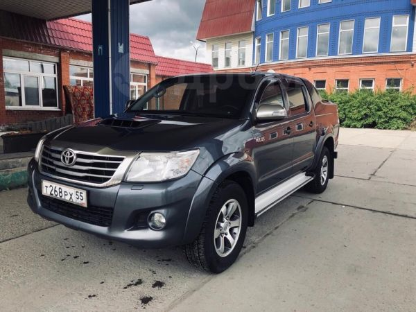 Toyota Hilux Pick Up, 2012 год, 1 235 000 руб.