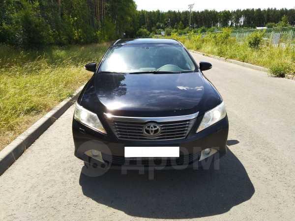 Toyota Camry, 2012 год, 899 000 руб.