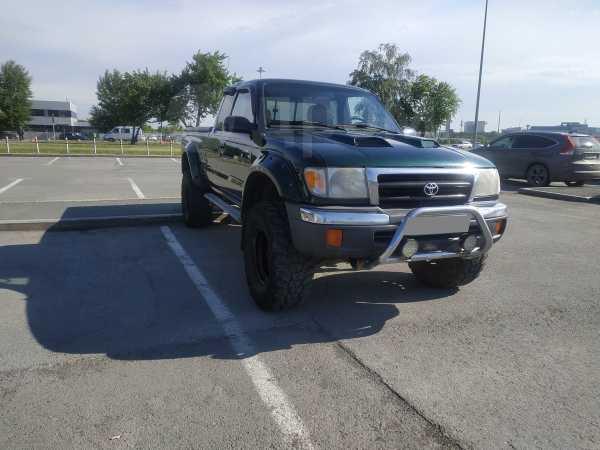 Toyota Tacoma, 2000 год, 540 000 руб.