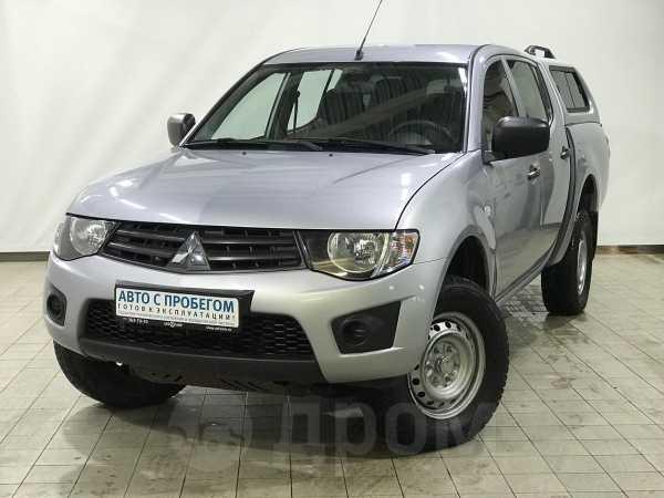 Mitsubishi L200, 2013 год, 860 000 руб.
