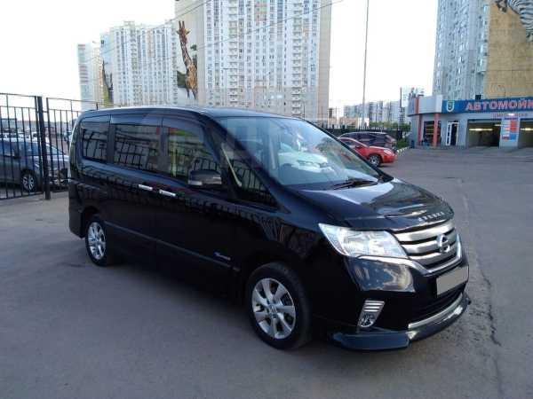 Nissan Serena, 2013 год, 987 000 руб.