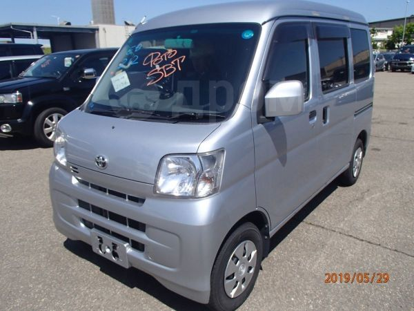 Toyota Pixis Van, 2015 год, 440 000 руб.