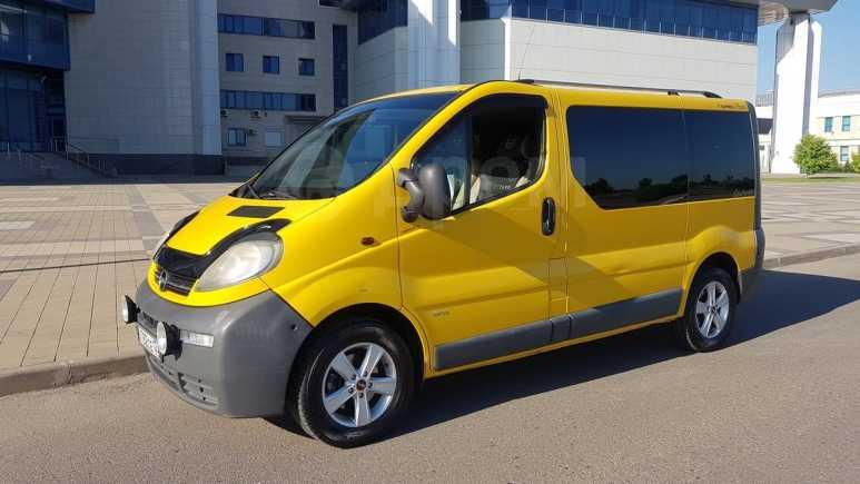 Opel Vivaro, 2004 год, 580 000 руб.
