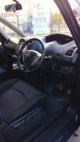 Nissan Serena, 2012 год, 930 000 руб.