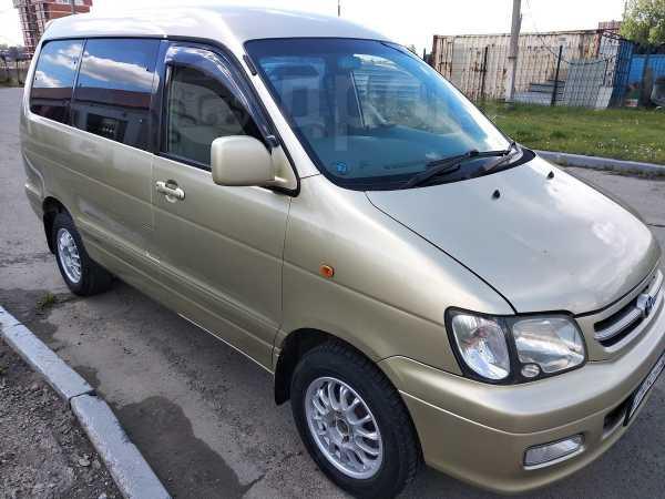 Toyota Town Ace Noah, 2001 год, 510 000 руб.