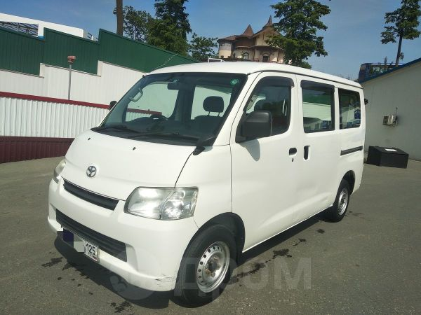 Toyota Town Ace, 2009 год, 355 000 руб.
