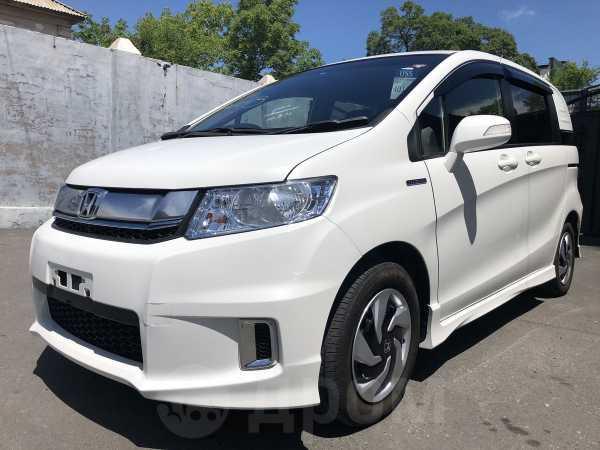 Honda Freed Spike, 2016 год, 755 000 руб.